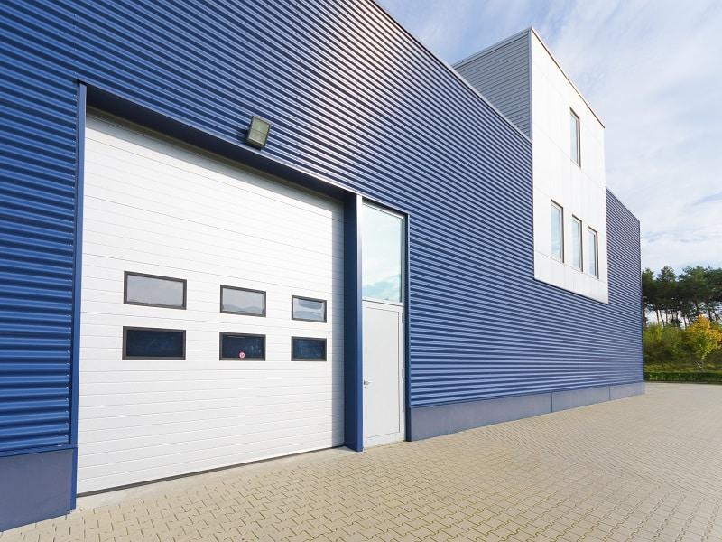 Residential vs commercial garage doors