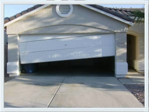 garage door off track Sugar Land tx