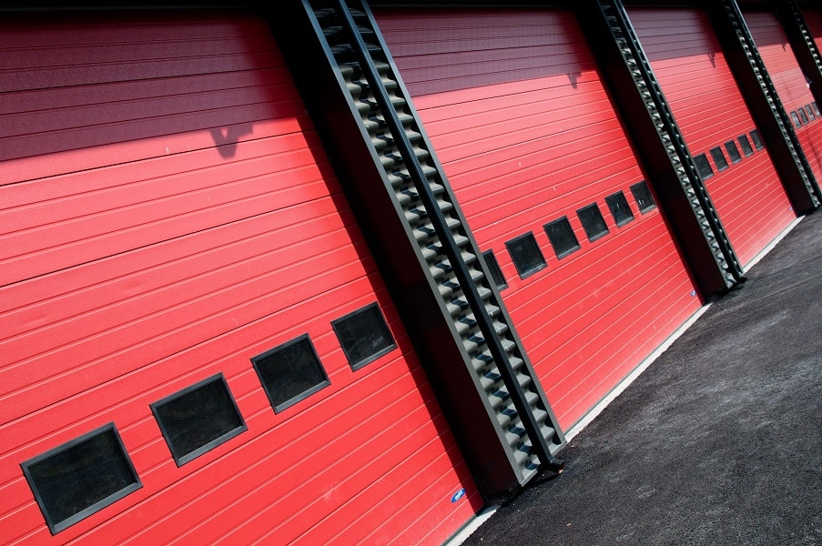 Advantages and Disadvantages of steel garage doors